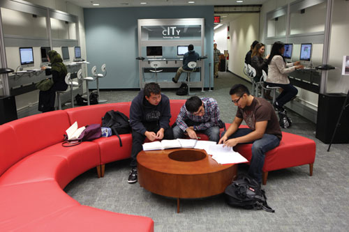 Students Work In New Tech Center City College Library