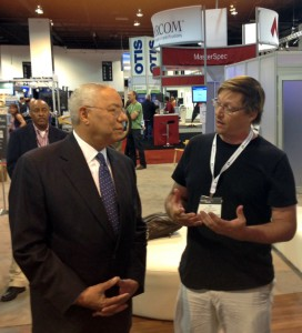 Azaroff speaks with former Secretary of State and retired General Colin Powell about young architects and technology. Powell later referenced the conversation in a speech focusing on leadership that he gave at the AIA national convention.