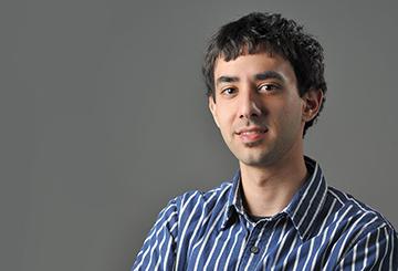 Arash Nowbahar